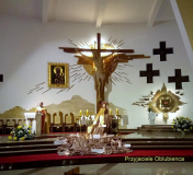 Szkoła Słowa Bożego - dekoracja ołtarza